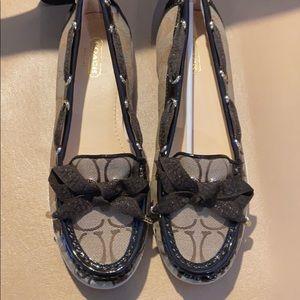 New CoachCarisa Signature Brown Boat Shoes - 7B